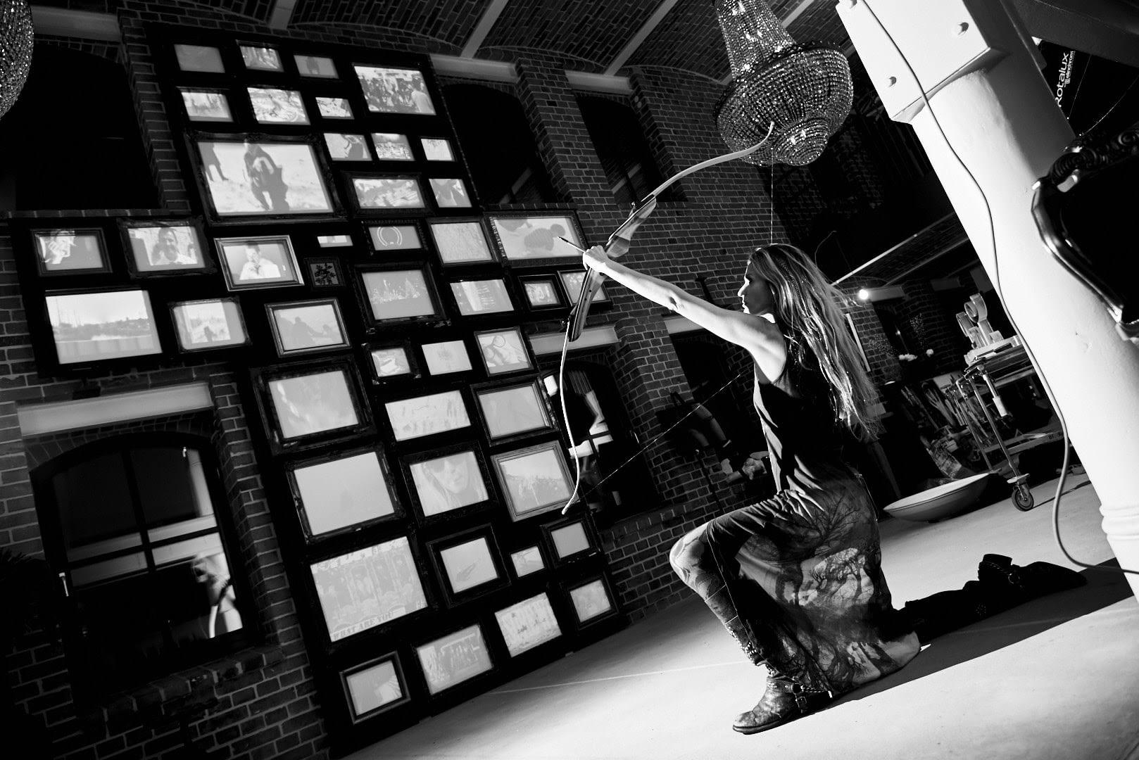 MEMENTO MORI | MIA FLORENTINE WEISS | Künstler Portrait 1