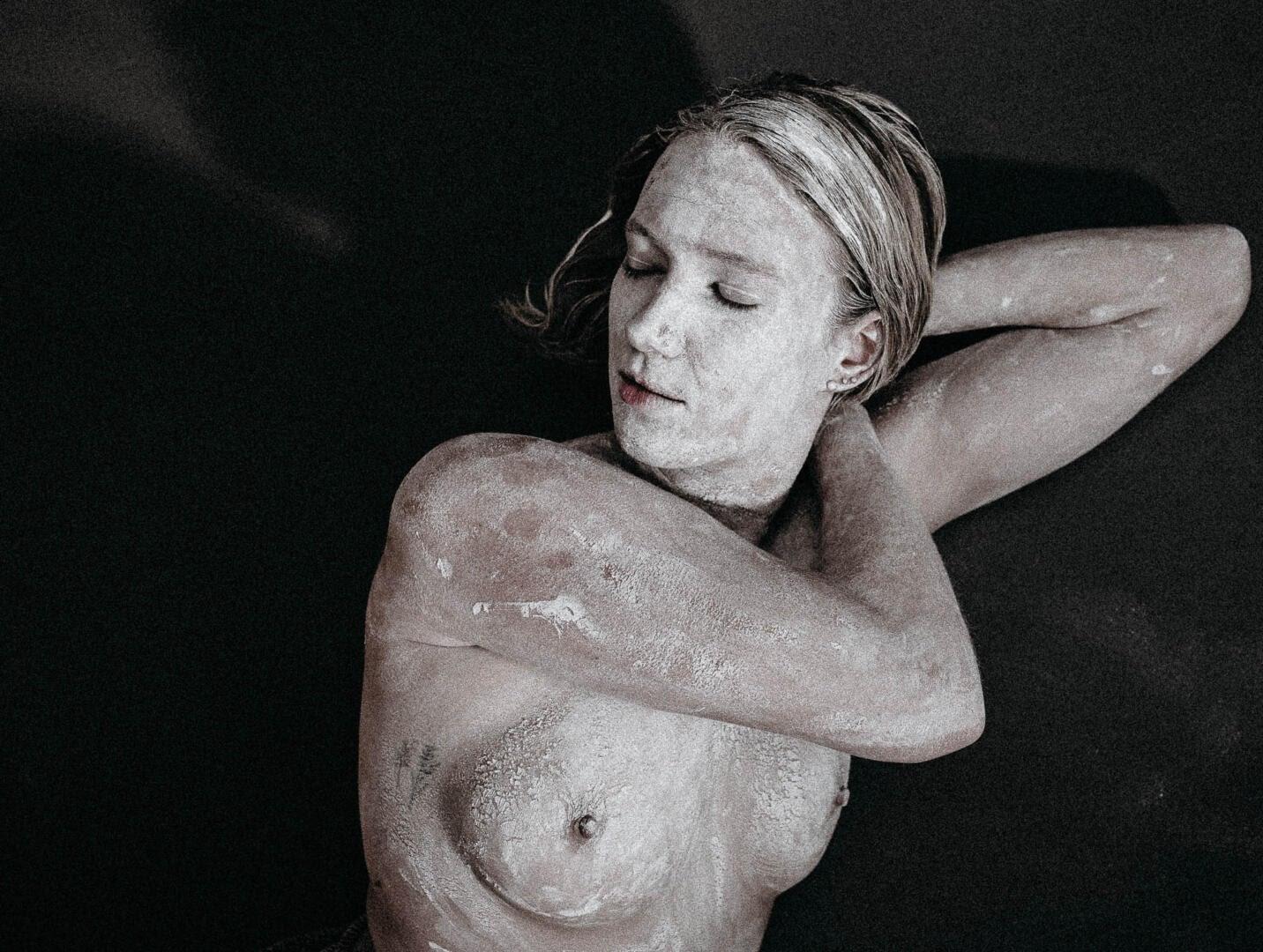 Aktfotografie, Fine-Art Nude Series: feel - Einsamkeit 3