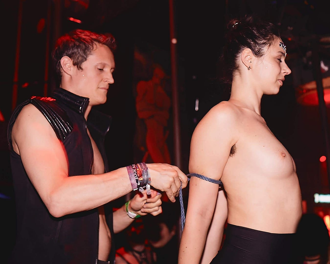 04-Shibari by Sensual Ropes - FourPlay by Jan Ehret im KitKatClub Berlin - Fotograf Martin Peterdamm -210